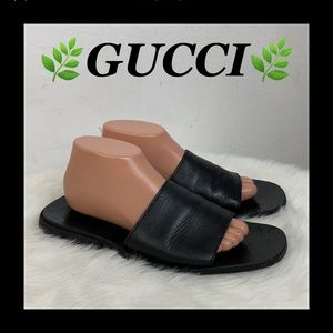 🍃GUCCI LEATHER SANDALS🍃